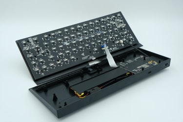 Razer BlackWidow V3 Mini HyperSpeed Phantom Edition review: inside and opened up
