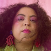 KAINA is a Chicago-based musician.