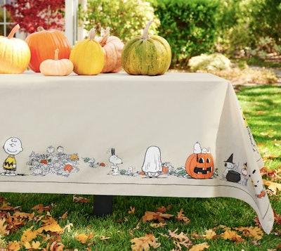 Peanuts cartoon Halloween tablecloth