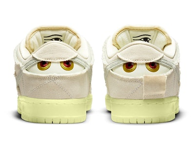 Nike SB Dunk Low Mummy