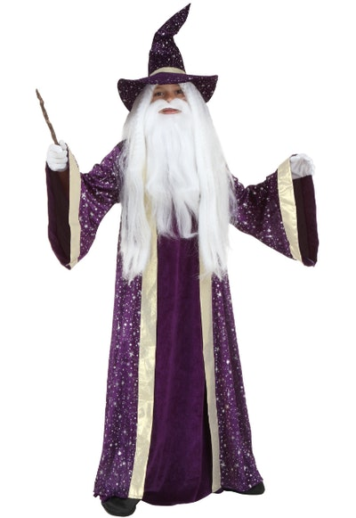 kid dressed as a wizard
