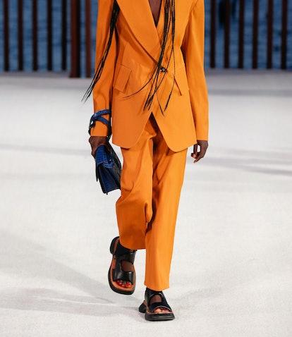 spring 2022 footwear trends