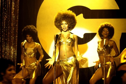 Beyonce as Foxxy Cleopatra is the ideal curly haired Halloween costume