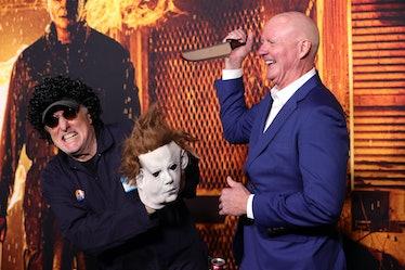 شرکت کنندگان در اولین نمایش هالووین.