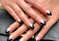Paintbox black moody manicure
