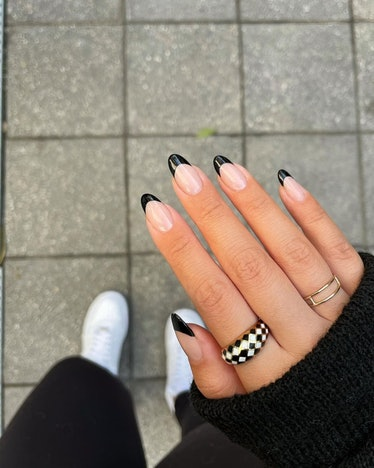 Moody French manicure inspiration
