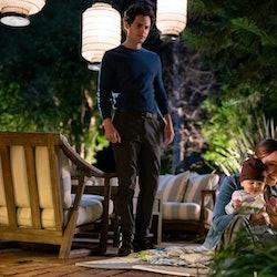PENN BADGLEY as JOE GOLDBERG and VICTORIA PEDRETTI as LOVE QUINN in episode 302 of YOU, via Netflix ...