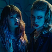 'Night Teeth' review: Netflix's vampire thriller is 'Collateral' meets 'Bright'