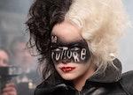 Emma Stone in the 2021 film 'Cruella' about the Disney villain from '101 Dalmatians'.