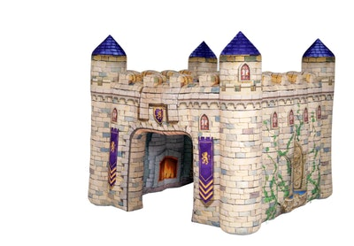 inflatable blow-up castle for imaginative play
