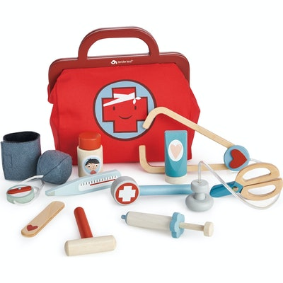 wooden pretend doctor's kit for kids