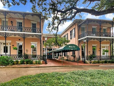The Malaga Inn in Mobile, Alabama is known for a ghostly white lady.