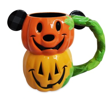 These 15 Disney Halloween decorations add magic to your spooky set-up.