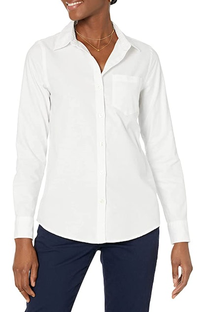 Women's Classic Fit Long Sleeve Button Down
