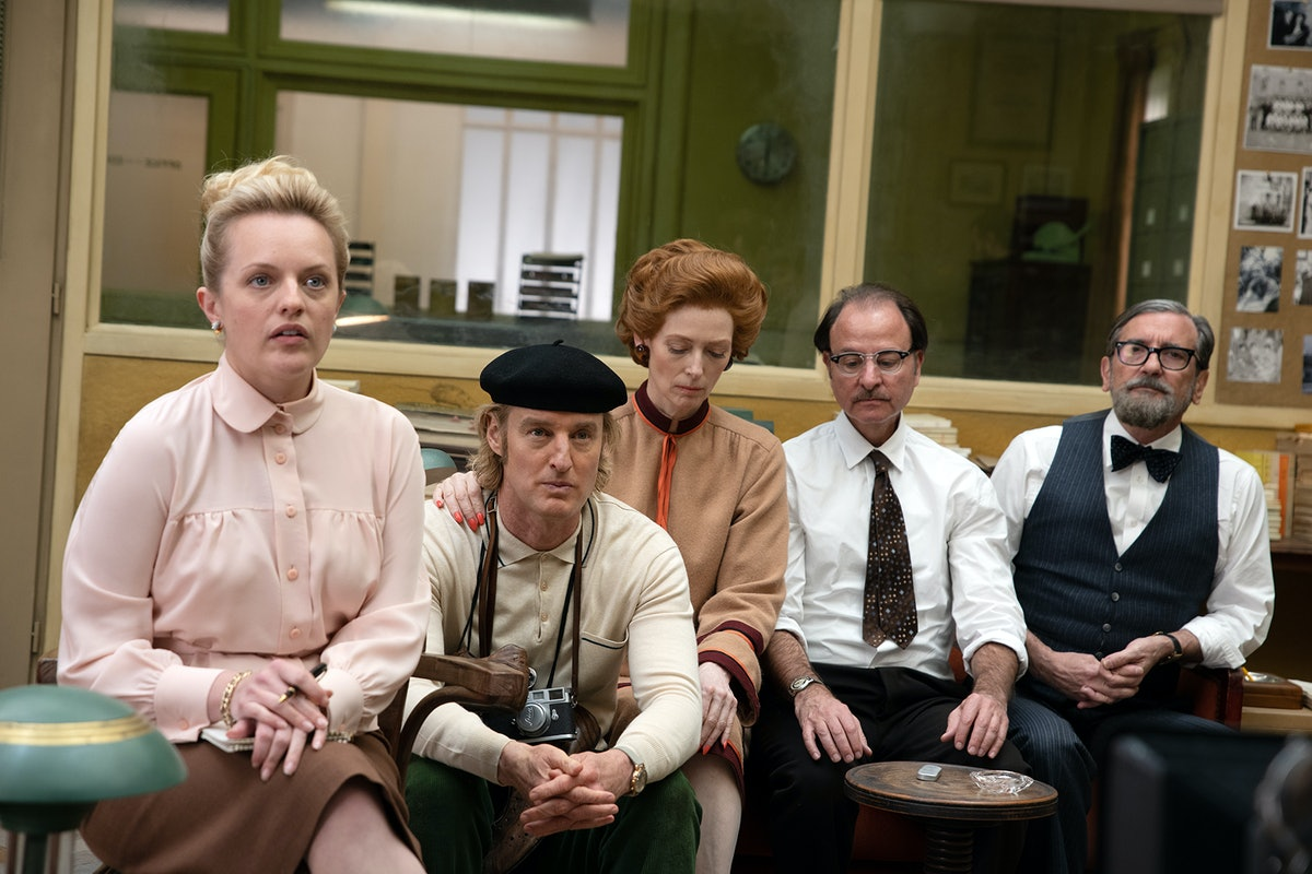 Elisabeth Moss, Owen Wilson, Tilda Swinton, Fisher Stevens and Griffin Dunne on set.