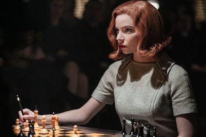 Beth Harmon in The Queen's Gambit Halloween costume.