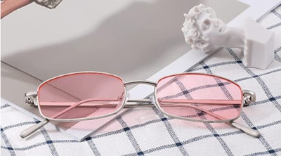 FEISEDY Slender Square Sunglasses