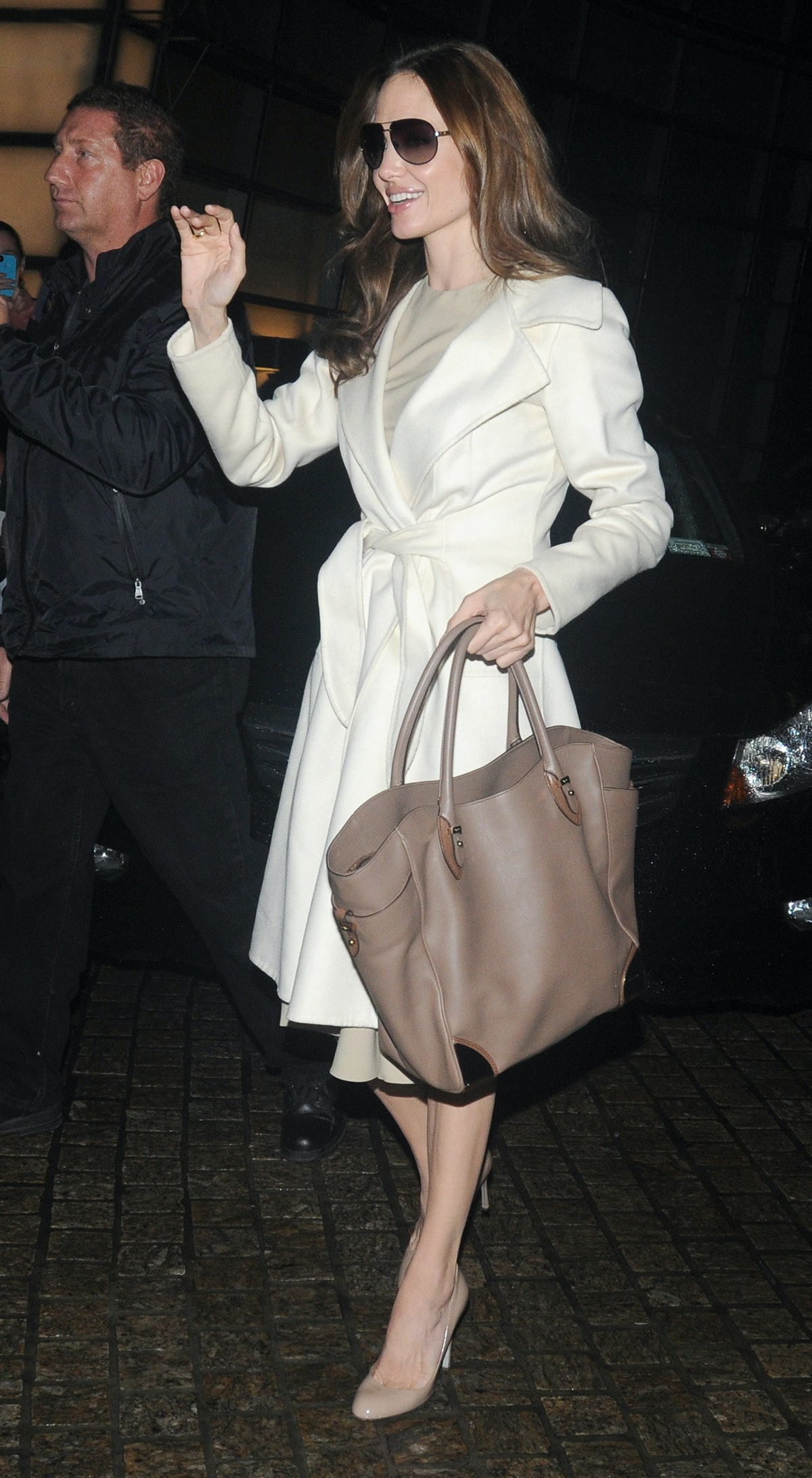 Angelina Jolie arrives at the Charlie Rose fashion show