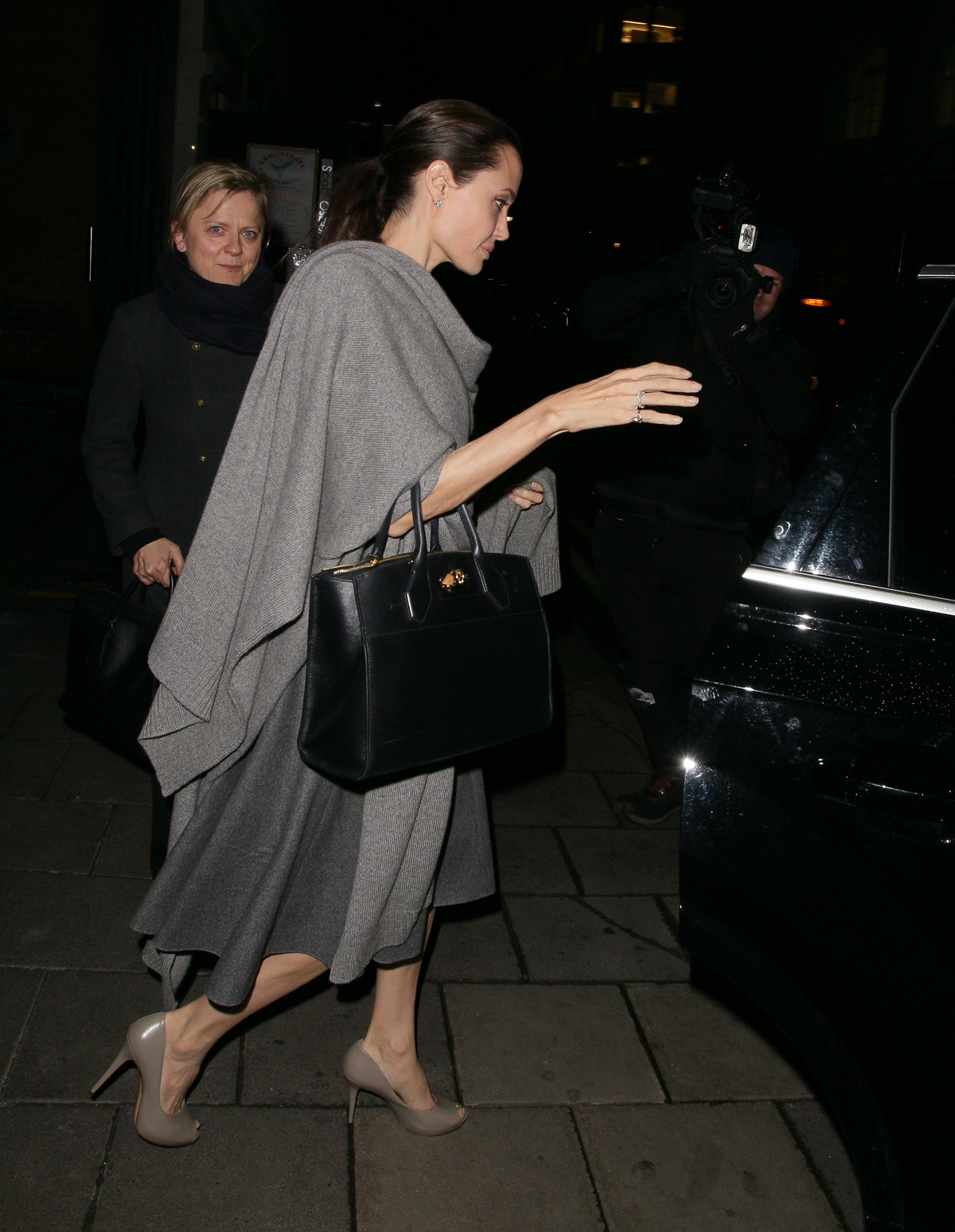 Angelina Jolie leaves the Quaglinos restaurant