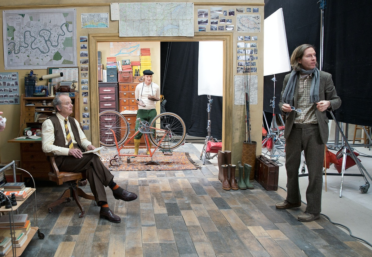 Bill Murray, Owen Wilson and Wes Anderson on the set of The French Dispatch.