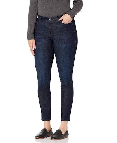 Amazon Essentials Mid-Rise Curvy Skinny Jeans