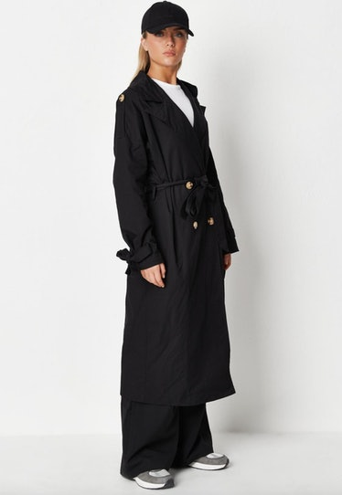 The Pale people on 'AHS: Double Feature' wear large black trench coats.