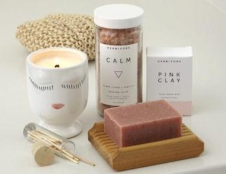 Luxury bath kit