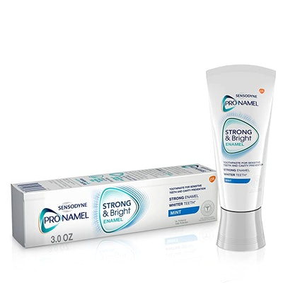 Roll over image to zoom in PRONAMEL Sensodyne Pronamel Strong and Bright Enamel Toothpaste (1-Pack)