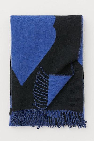 Patterned wool-blend blanket