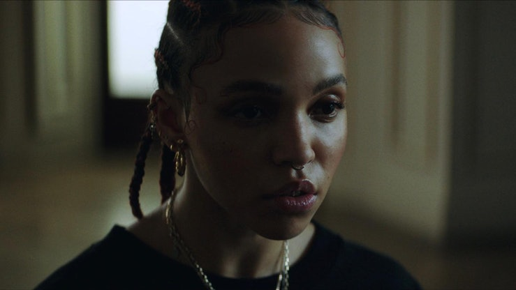 """FKA twigs, Headie One and Fred again collaborate on new song """"Don't Judge Me."""""""