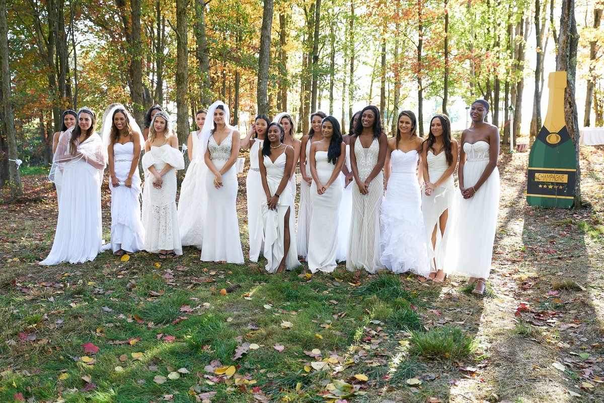 """18 contestants wear wedding dresses on """"the largest group date in 'Bachelor' history"""" with Matt James during Week 2"""