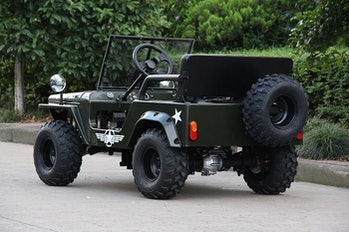 A mini electric Jeep stylized like a WWII Willys Jeep is available for sale on Alibaba with a starting price of $890.