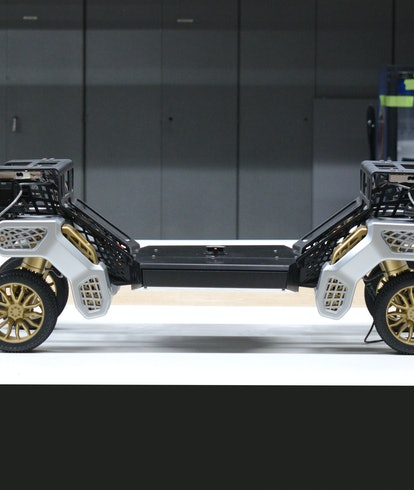 A prototype of TIGER which is a walking vehicle concept from Hyundai.