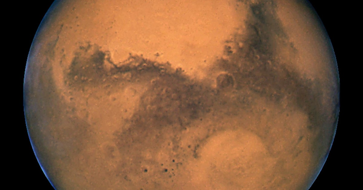 Ghostly video reveals what it's like to be on the surface of Mars - Inverse