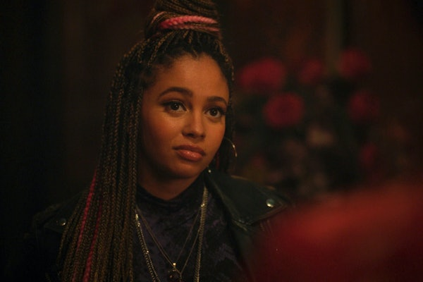 Toni Topaz won't reveal who the father of her baby is, spurring fan theories.