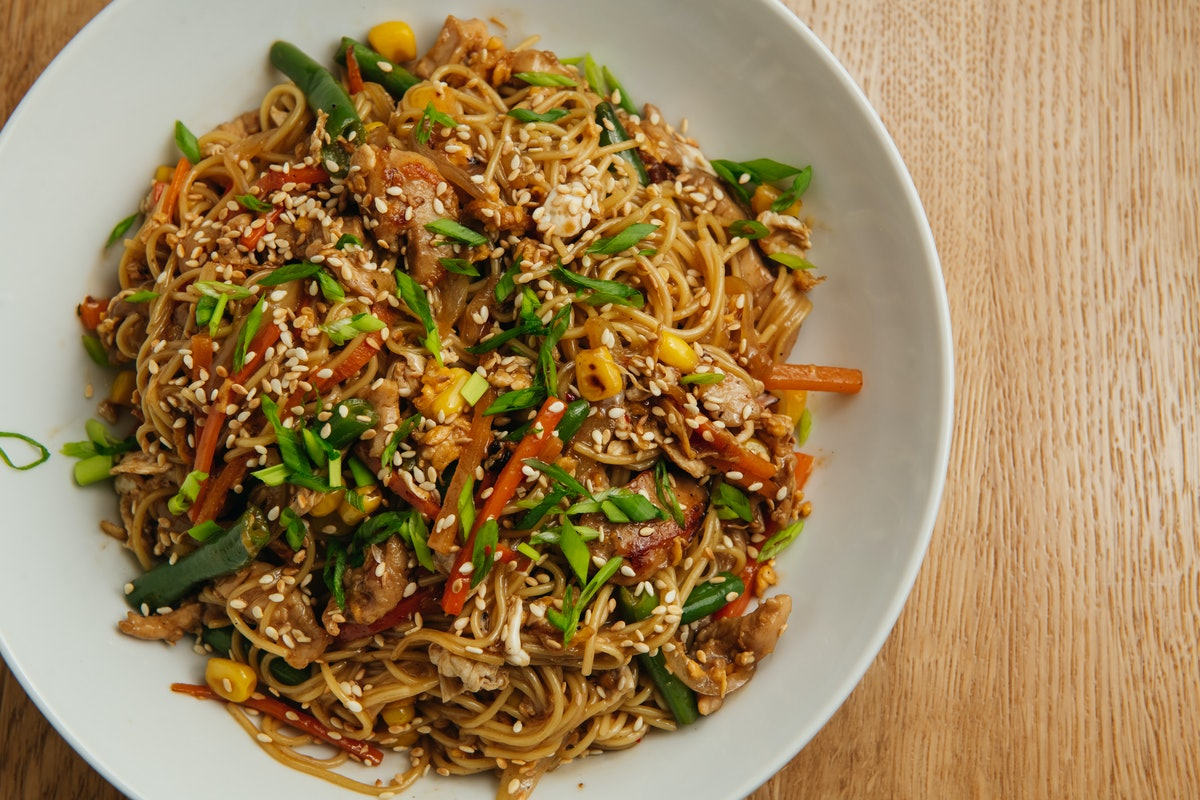 fried noodles lunar new year dishes