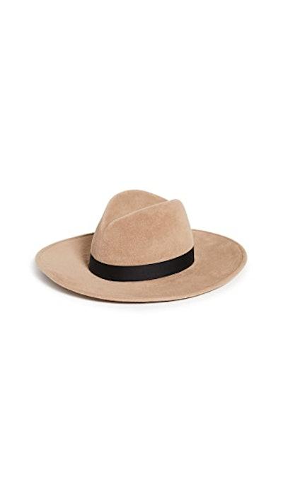 Jeanne Hat