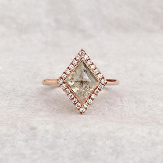 Bespoke Champagne Kite-Shaped Diamond Ring