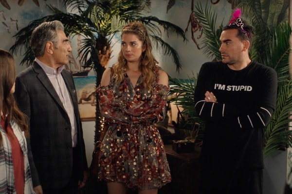 The Rose family gets stuck in an escape room during an episode of 'Schitt's Creek.'
