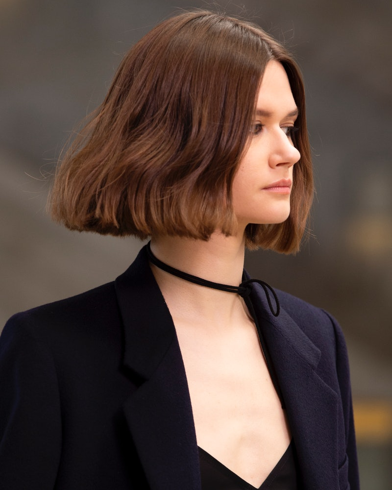 Easy fall 2021 hairstyle inspired by New York Fashion Week.