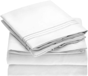 Mellanni Brushed Microfiber Bed Sheet (4-Pieces)