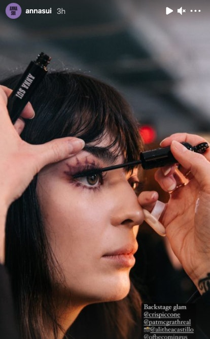 Anna Sui's Fall/Winter 2021 makeup being applied.