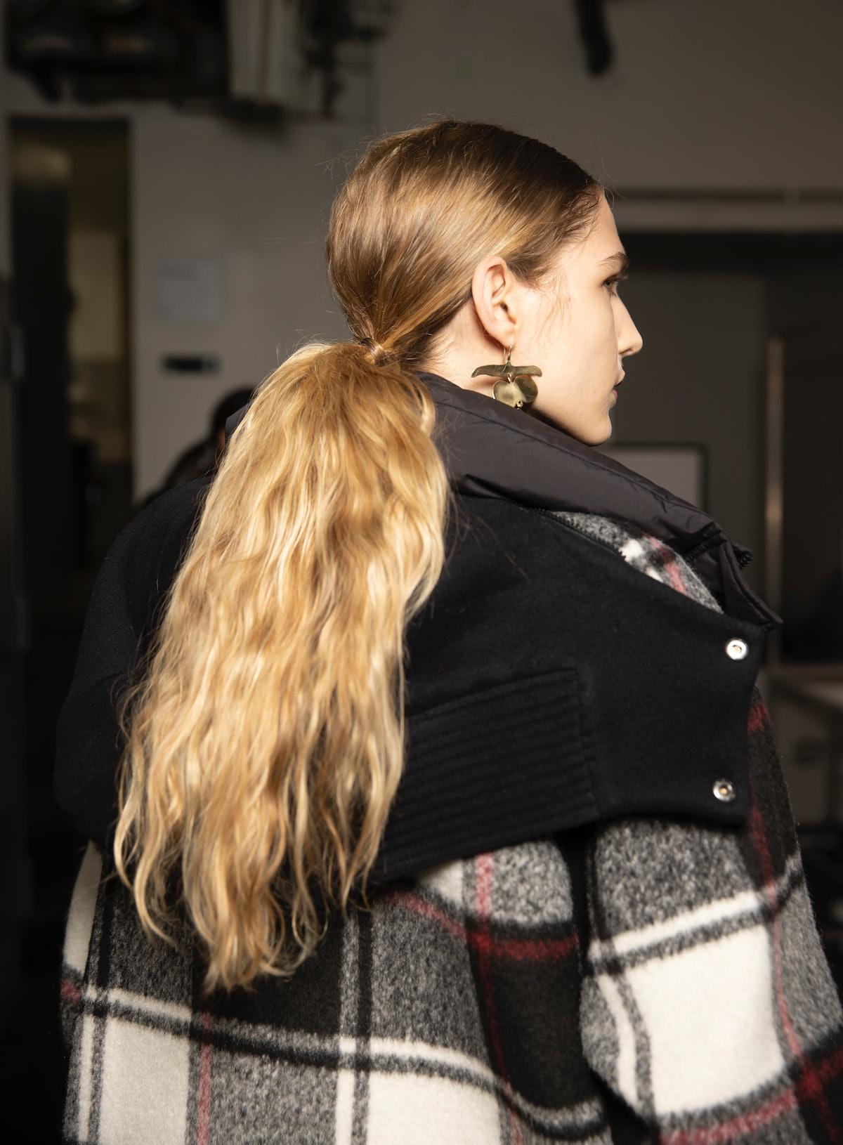 Jason Wu Fall/Winter 2021 show ponytail hair.