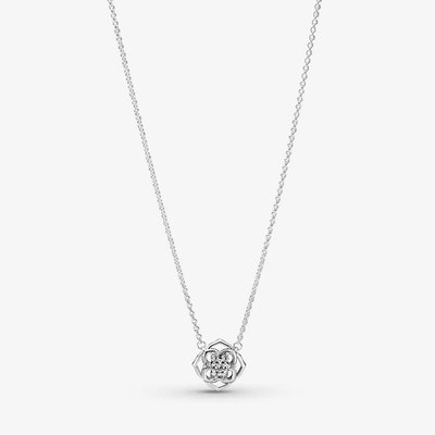 Rose Petals Collier Necklace