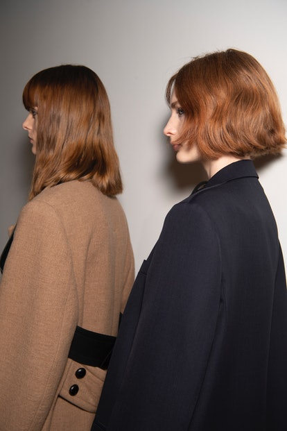 Easy fall 2021 hairstyle from Victoria Beckham Fall/Winter 2021.