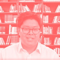 A bookshelf in your job screening video makes you more hirable to AI