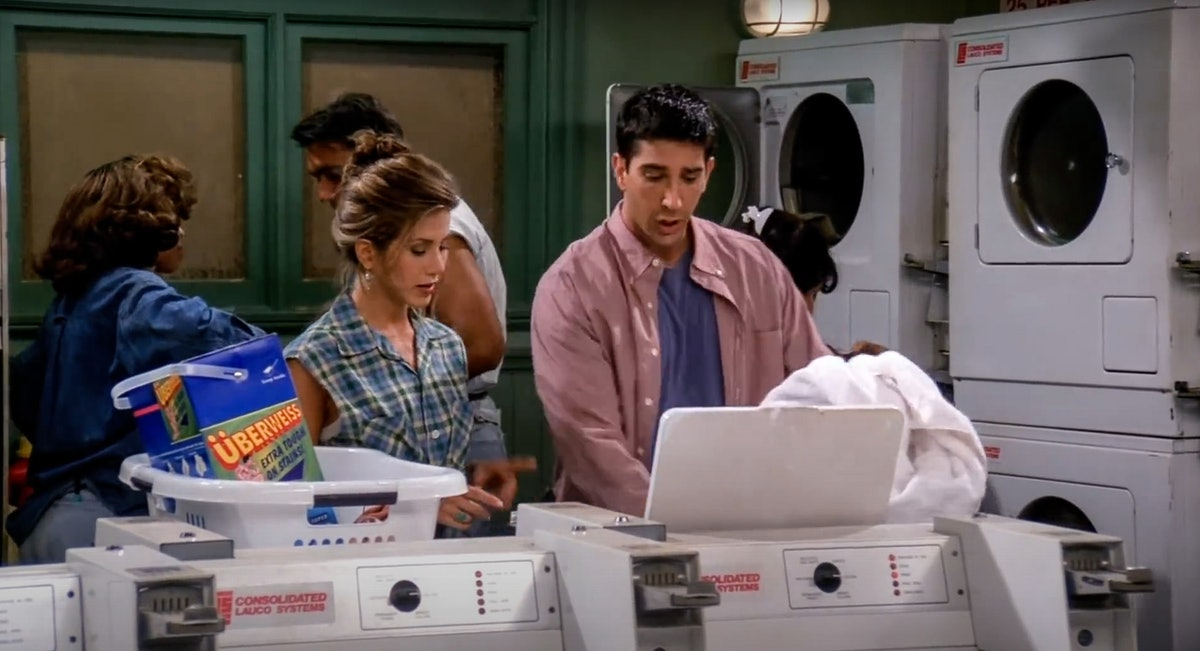 Rachel and Ross do laundry in an episode of 'Friends.'