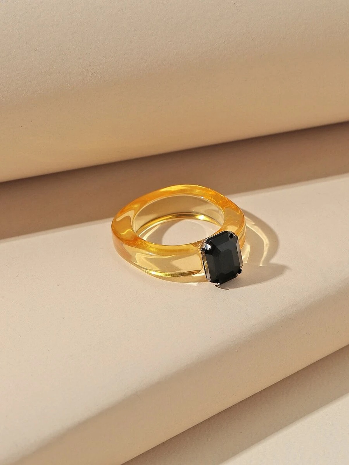 Romwe Clear Acrylic Ring