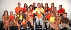 Gil and Kelly Jo Bates are the parents to 19 kids.