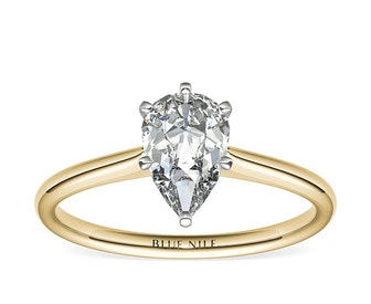 1ct Pear Solitaire Engagement Ring in 18k Yellow Gold